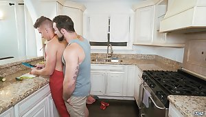 Jake Porter & Jaxton Wheeler in Right In Front Of My Salad? - DrillMyHole