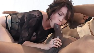 4K Beautiful Harlow Takes on A Monster Disastrous Cock!