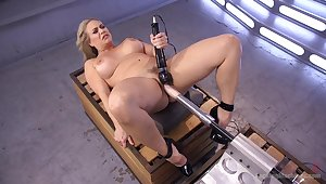 Voluptuous doll tries the brush first fucking machine cam session