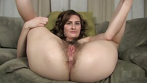 Sophia Shows off all her Hairy Assets